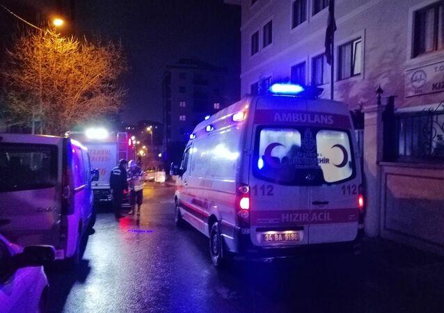 Maltepe'de bulunan ve bir Vakfa ait olduğu belirtilen yatılı Kız Kuran Kursunda yangın meydana geldi.