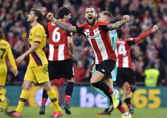 Koronavirüs sebebiyle İspanya'da Kral Kupası finali ertelendi
