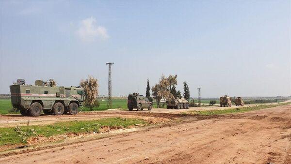 İdlib'de Türk-Rus birleşik kara devriyesi - Sputnik Türkiye