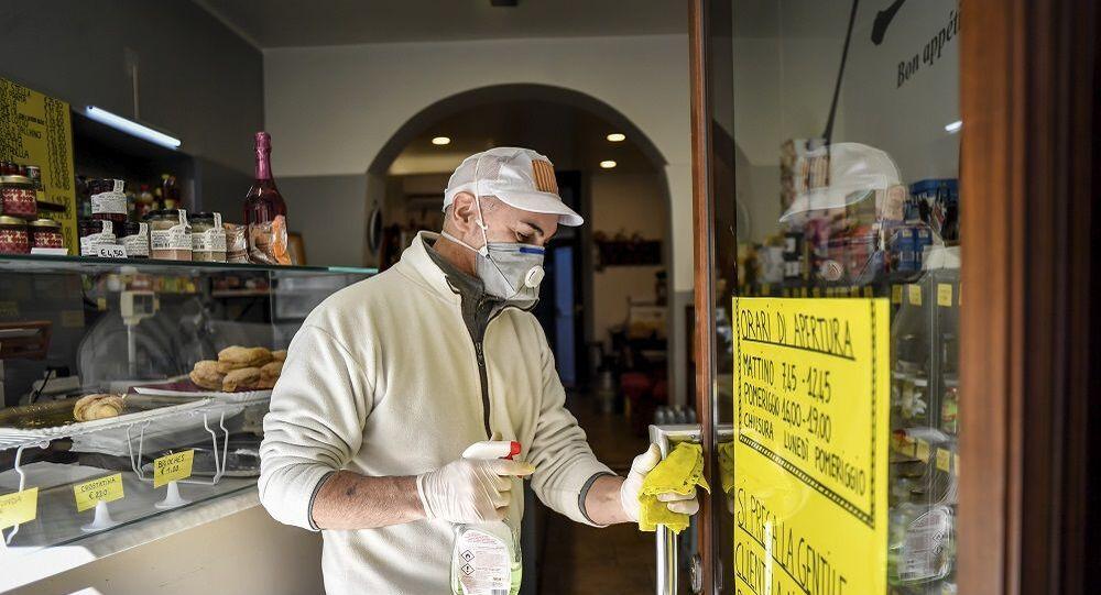 İtalya Lombardiya koronavirüs