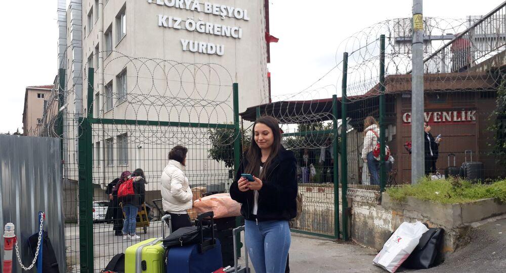 İstanbul'da üç öğrenci yurdu karantina için boşaltılıyor