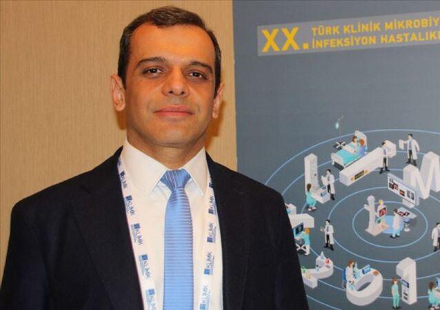 Türk Klinik Mikrobiyoloji ve İnfeksiyon Hastalıkları Derneği (KLİMİK) Yönetim Kurulu Başkanı Prof. Dr. Alpay Azap