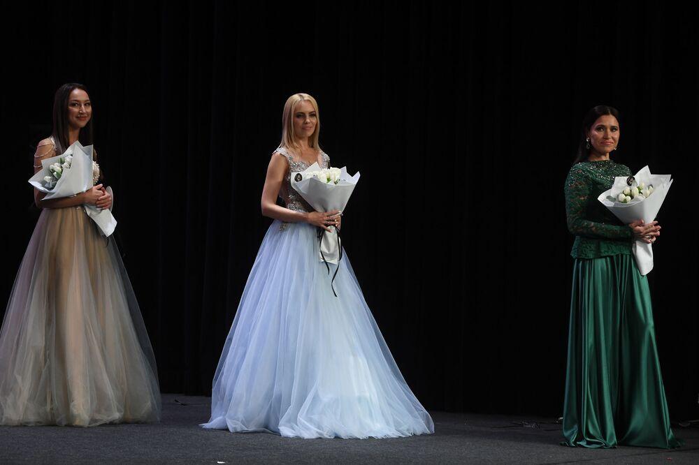 Mrs. Tataristan 2020 Yarışması'nda dereceye giren güzeller