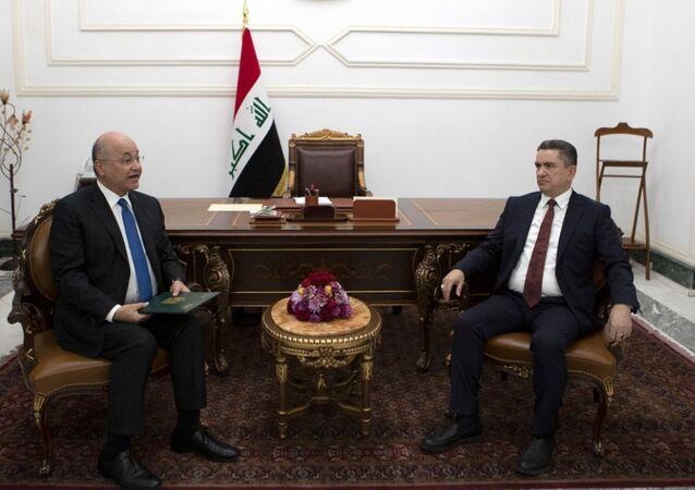 Irak Cumhurbaşkanı Berhem Salih, hükümeti kurma görevini eski Necef Valisi Adnan ez-Zurfi'ye verdi.