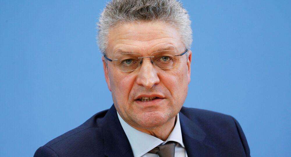 Alman federal hükümetinin bulaşıcı hastalıkların önlenmesi ve kontrolünden sorumlu kurumu Robert Koch Enstitüsü'nün (RKI) Başkanı Prof. Lothar Wieler,