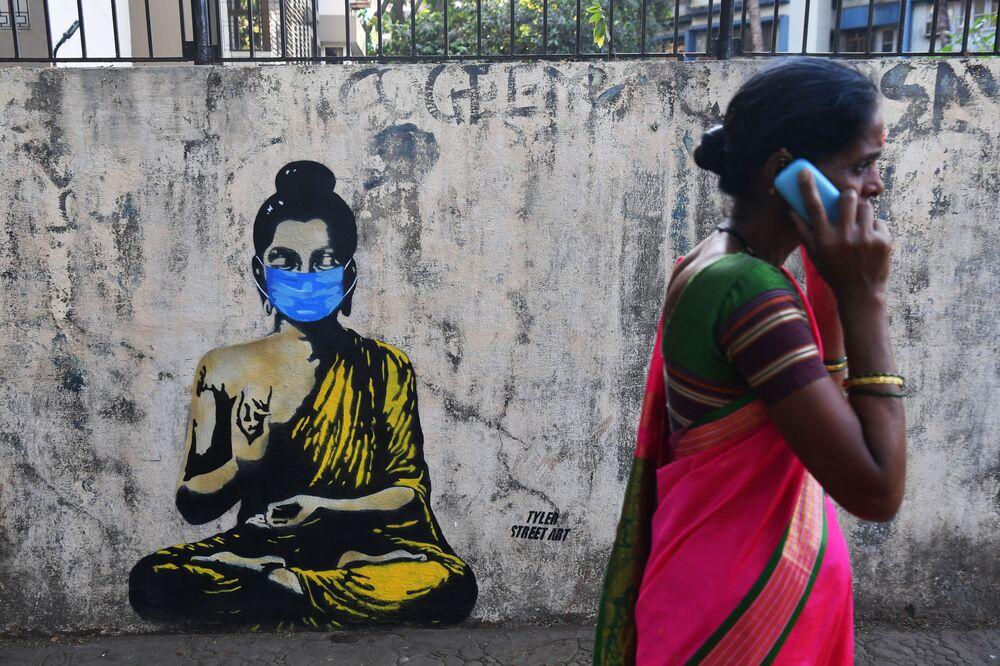Hindistan'ın Mumbai kentindeki bir duvar resmi.