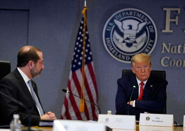 ABD Başkanı Donald Trump, yeni tip koronavirüs (Kovid-19) ile ilgili son durumu,eyalet valileri ile değerlendirdi