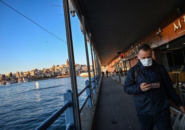 Koronavirüs - maske - İstanbul - Türkiye