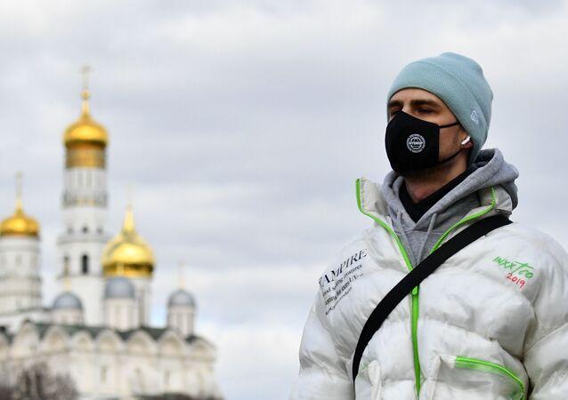 Rusya'da toplam vaka sayısı 438'i buldu, 262'si ise başkent Moskova'da görüldü.