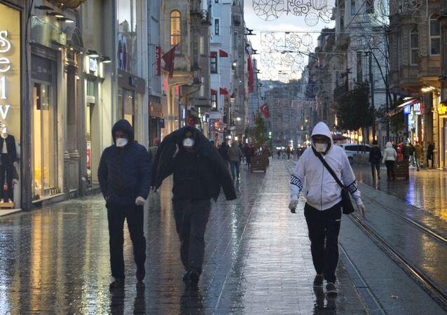 Türkiye'de vaka sayısı 947'den 1256'ya yükseldi, yaşamını yitirenlerin sayısı ise 30'a ulaştı.