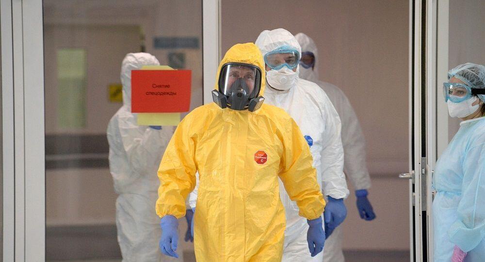 Putin, Moskova yakınındaki 'koronavirüs hastanesini' ziyaret etti