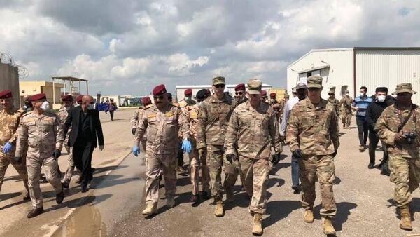 Irak'ın Kerkük kentinde ABD öncülüğündeki koalisyon güçlerinin K1 (Keyven) üssünden çekildiği bildirildi. - Sputnik Türkiye