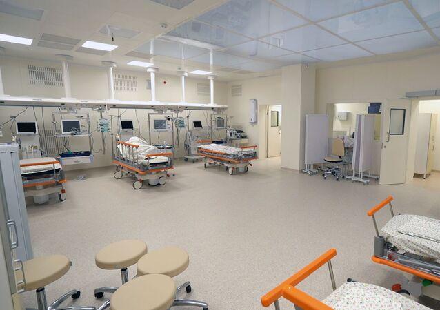 Koronavirüs hastalarının tedavi edildiği Kommunarka'daki 40 numaralı hastane odasının görüntüsü.