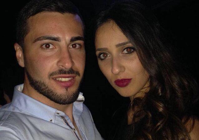 Hemşirelik yapan 28 yaşındaki Antonio De Pace, aynı hastanede çalıştığı doktor olan kız arkadaşı Lorena Quaranta'yı öldürdü.