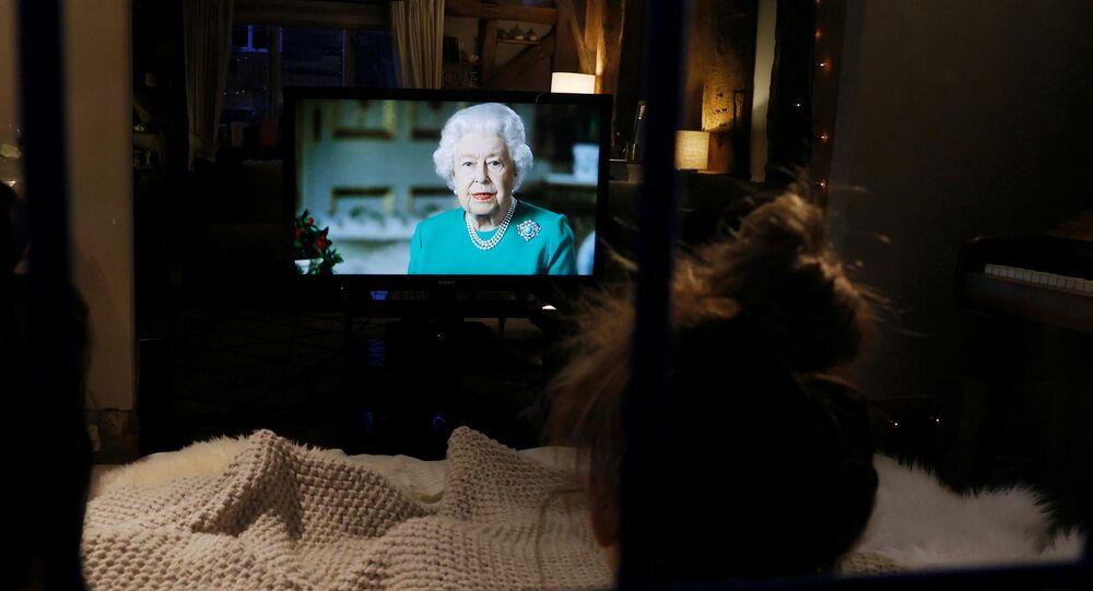 İngiltere Kraliçesi 2. Elizabeth, koronavirüs salgınındaki gelişmelere ilişkin ulusa sesleniş konuşması yaptı.