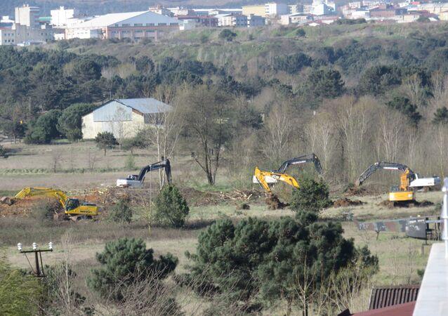 Cumhurbaşkanı Erdoğan'ın açıkladığı Sancaktepe'deki hastanenin yapımına başlandı