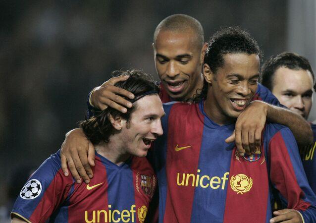 Messi,  Ronaldinho ve Thierry Henry