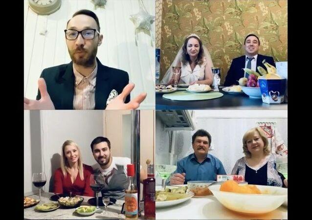 Rusya'da internet üzerinden düğün yaptılar