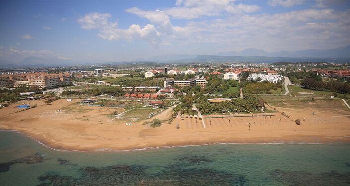 Antalya Kovid-19 tedbirleri nedeniyle tarihinin en sakin günlerini yaşıyor