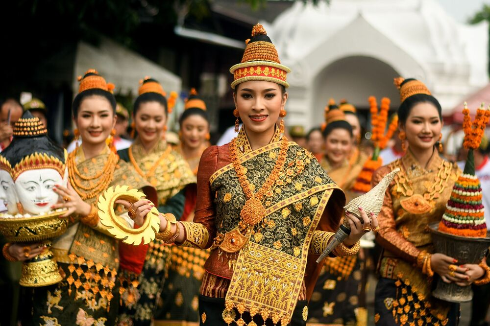 Laos'ta geleneksel Yılbaşı kutlamalarından bir kare.