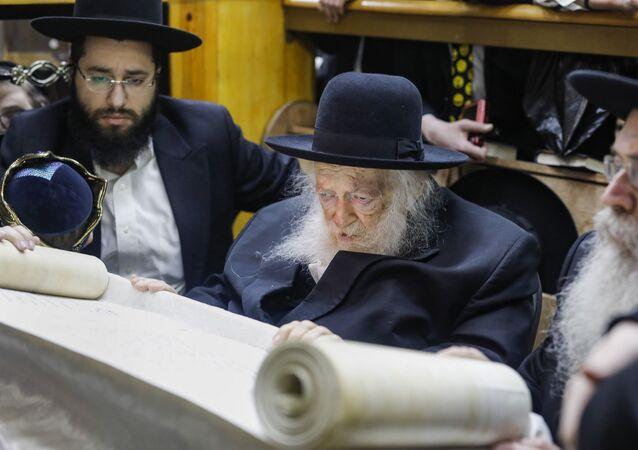İsrail'in tanınan hahamlarından Chaim Kanievsky