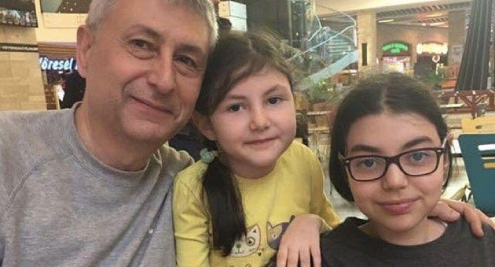 Koronavirüsten ölen aile hekiminin son mesajı: Kızlarım küçük sahip çıkarsınız değil mi?