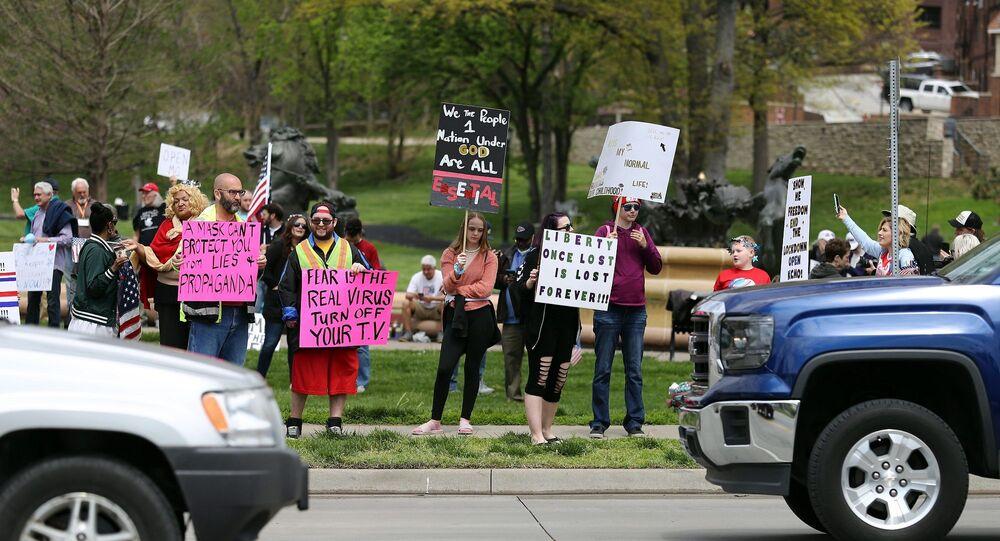 ABD'nin Missouri eyaletinde koronavirüs tedbrilerine karşı protesto