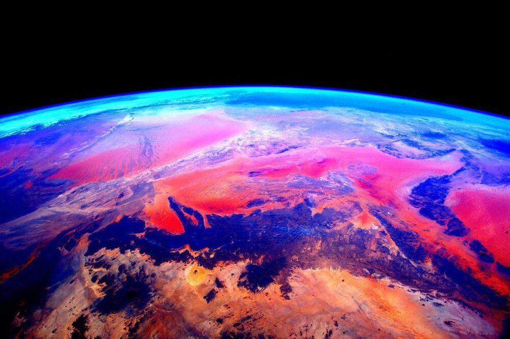 NASA kozmonotu Scott Kelly tarafından UUİ'den çekilen Dünya görüntüsü
