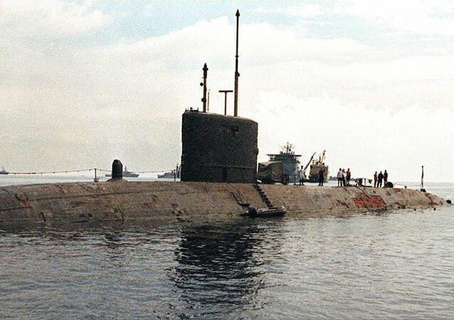 İngiltere Kraliyet Donanması'nın denizaltısı HMS Trenchant