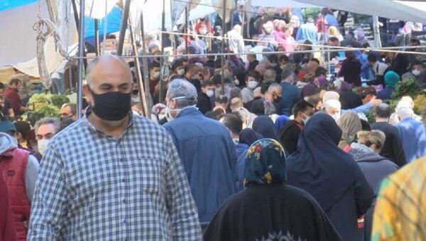 Gaziosmanpaşa pazarında büyük kalabalık - Sputnik Türkiye