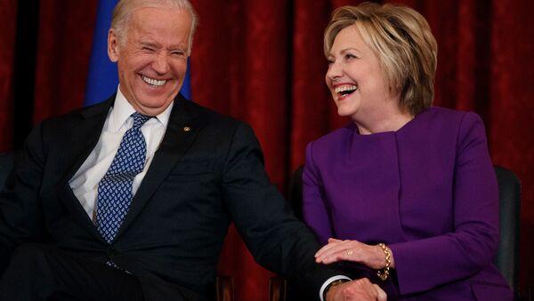 Hillary Clinton-Joe Biden - Sputnik Türkiye