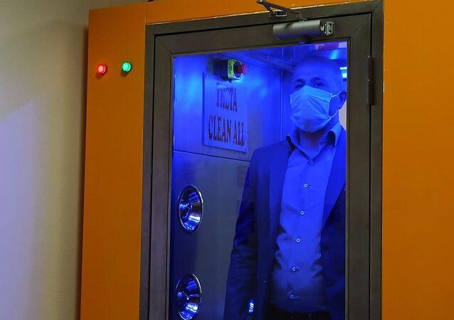 Malatya'da virüs ve bakterileri 1 dakikada temizleyen kabin üretildi