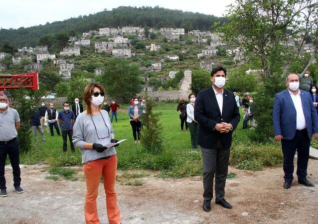 Muğla'nın Fethiye ilçesinde, sondaj yöntemi ile jeotermal kaynak arama faaliyeti yapılacağı iddiasına vatandaşlar tepki gösterdi.