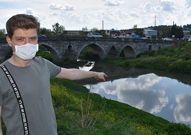 Fabrikalar üretime ara verdi, 20 yıldır kirli akan Lüleburgaz Deresi temizlendi
