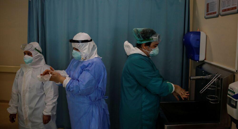 Türkiye'de koronavirüs, sağlık emekçileri