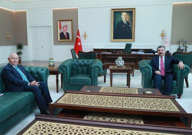 Sağlık Bakanı Fahrettin Koca, Türkiye Futbol Federasyonu (TFF) Başkanı Nihat Özdemir