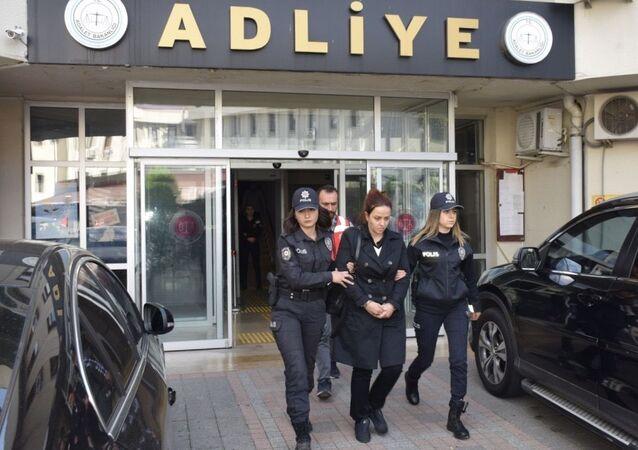 Fetullah Gülen'in İstanbul Beykoz'da sahte kimlikle yakalanan yeğeni Zeynep Gülen