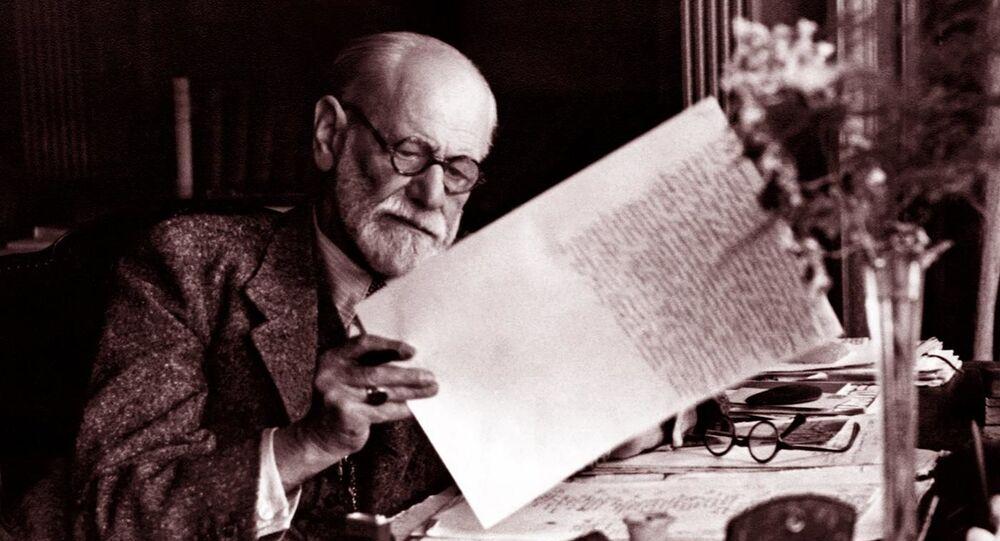 Nörolog ve psikanaliz kuramının kurucusu kabul edilenSigmund Freud