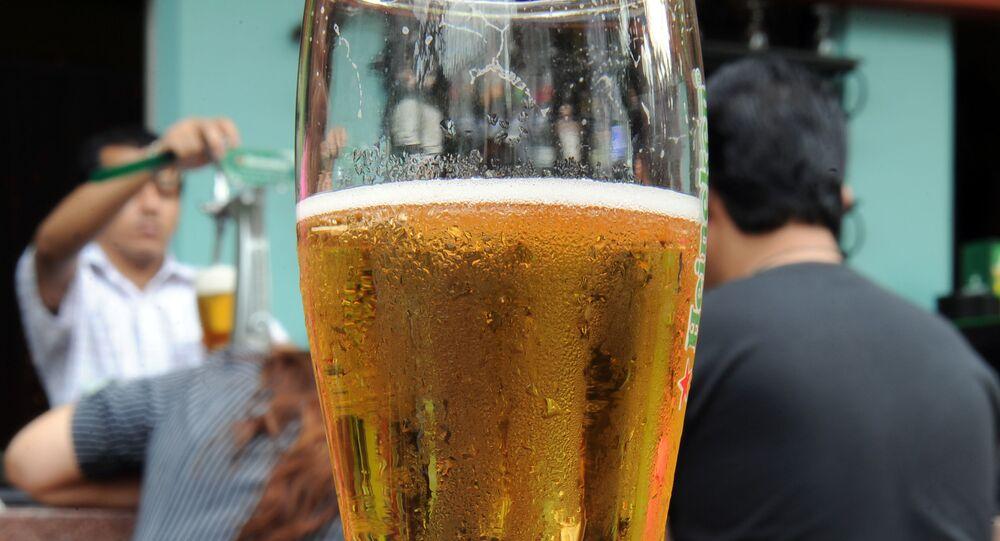 Bira - bira bardağı