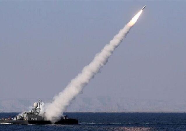 İran medyası: Basra Körfezi'nde savaş gemisi yanlışlıkla vuruldu