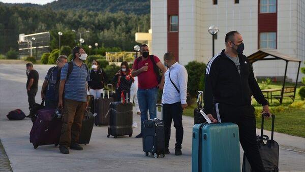 Fildişi Sahili ile Liberya'dan Türkiye'ye getirilenler - Sputnik Türkiye