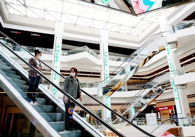 AVM -  alışveriş merkezleri - maske - koronavirüs - sosyal mesafe -