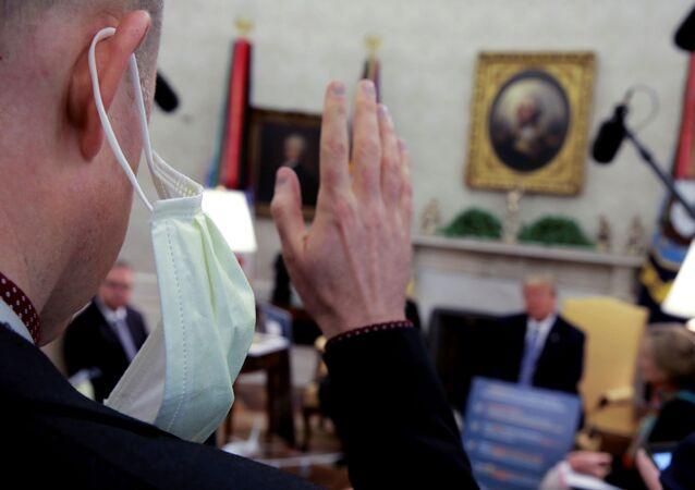 Beyaz Saray-maske