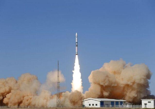 Çin-uydu