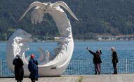 65 yaş üstü - yaşlı - maske - koronavirüs - İstanbul - deniz