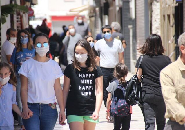 Bodrum sokakları ve caddeleri ise koronavirüs öncesini aratmadı