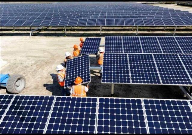 Çanakkale'nin Ezine Belediyesi, kurulacak Güneş Enerjisi Santrali (GES) ile 2021 yılının Nisan ayında enerji üretimine başlayacak.