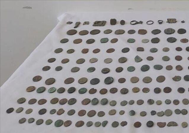 Afyonkarahisar'da 270 parça tarihi eser ele geçirildi