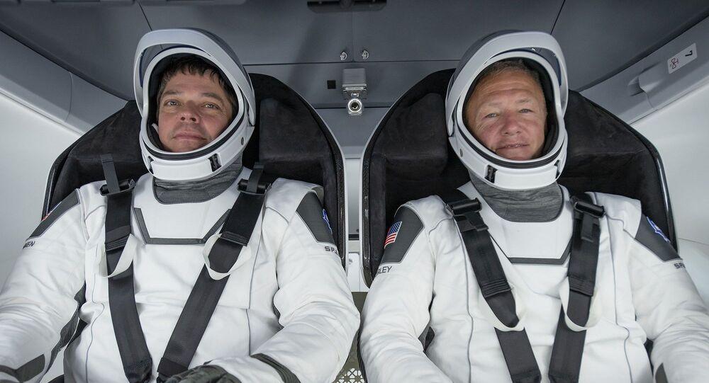 Astronotlor Robert Behnken ve Douglas Hurley