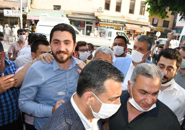 Adana'da Yüreğir Kaymakamlığı'na bağlı Vefa Sosyal Destek Grubu ekiplerine yapılan saldırı